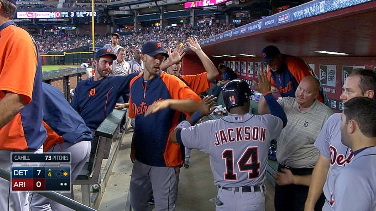 Tigers flex muscles, erupt to pull away from D-backs