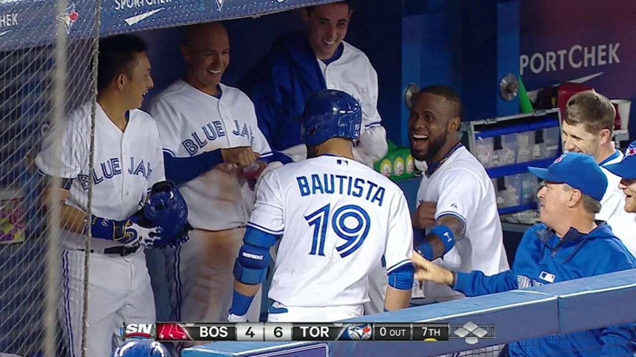 Toronto se impone a Boston guiado por Bautista