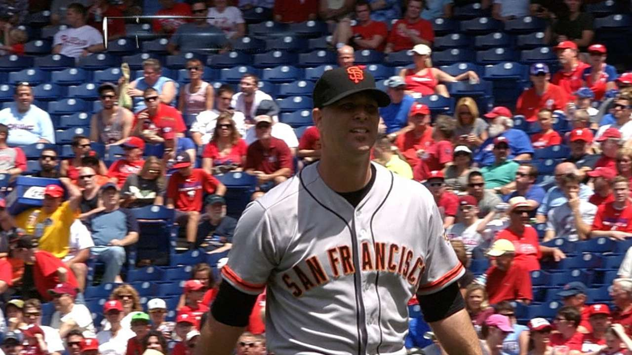 Giants stumble behind Hudson in Philly finale