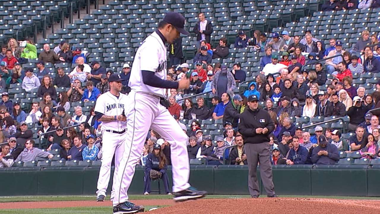 Iwakuma's impressive run ends with costly inning