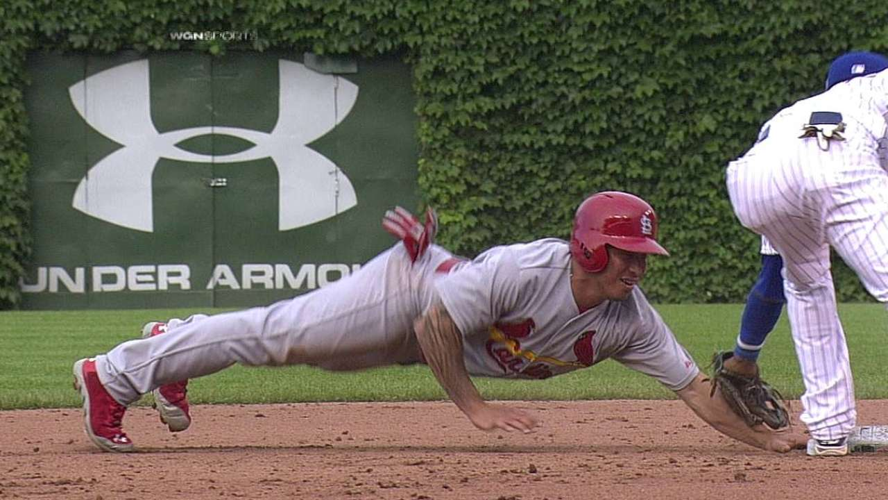 Cardinals' stolen base stands after replay