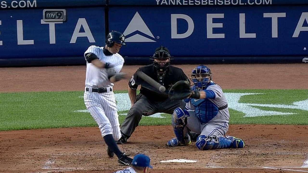 Ichiro's first homer rallies Yanks past Blue Jays