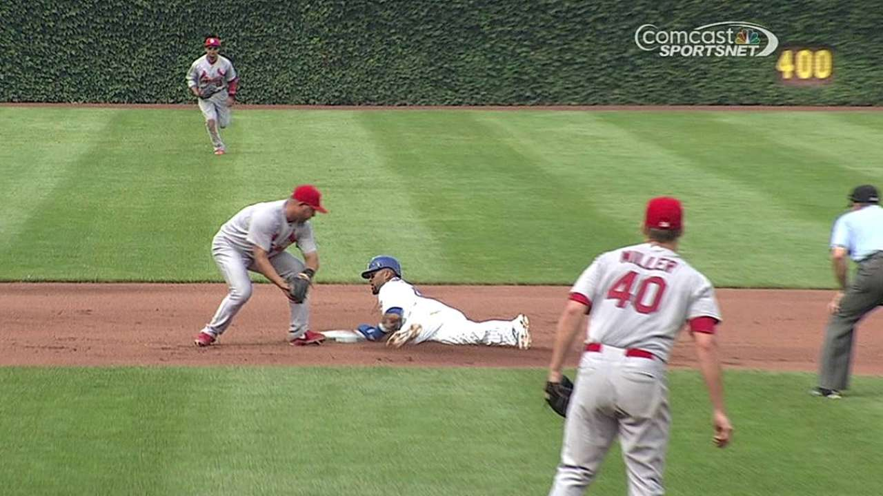 Bullpen de Cubs falló en derrota ante los Cardenales