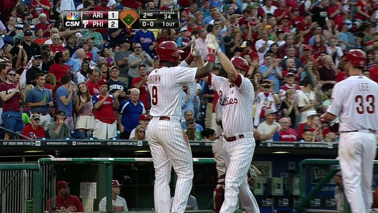 All eyes on Lee as Phillies let early lead slip