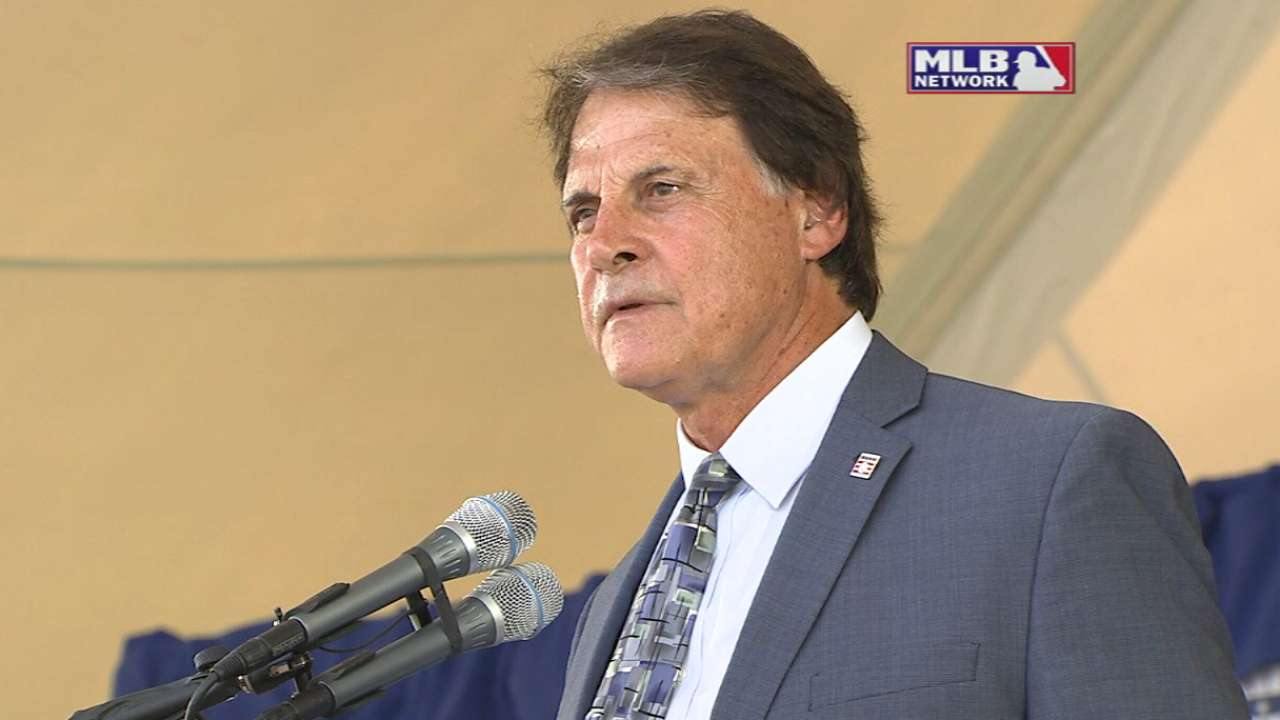 La Russa: Support system key to Hall of Fame career