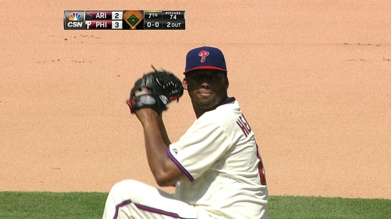 Phillies deal Hernandez to Dodgers