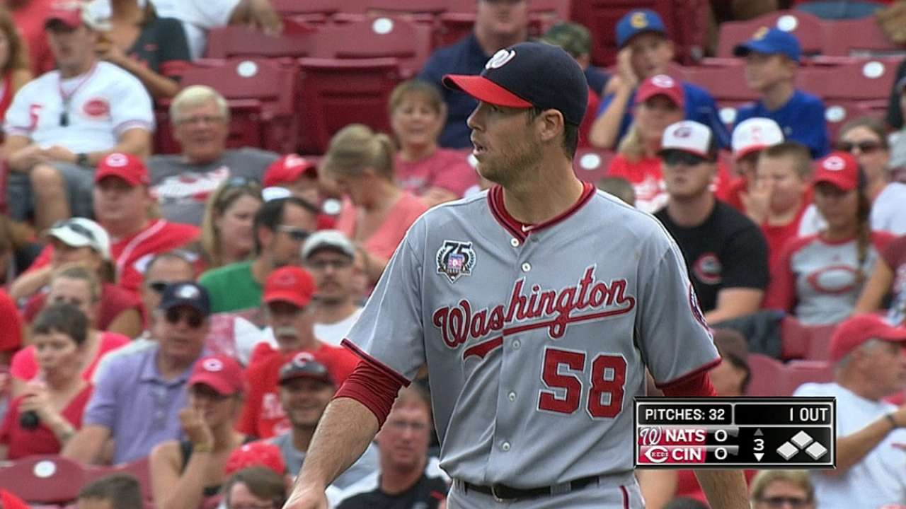 Fister shuts down Reds as Nats take road series