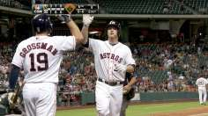 Astros belt four homers to top first-place A's