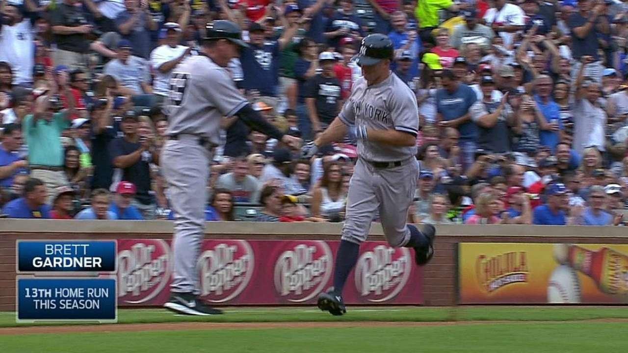 Gardner batea 4 hits y Yankees derrotan a Rangers