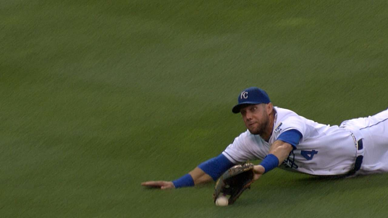 Rally falls short as Twins keep Royals' number