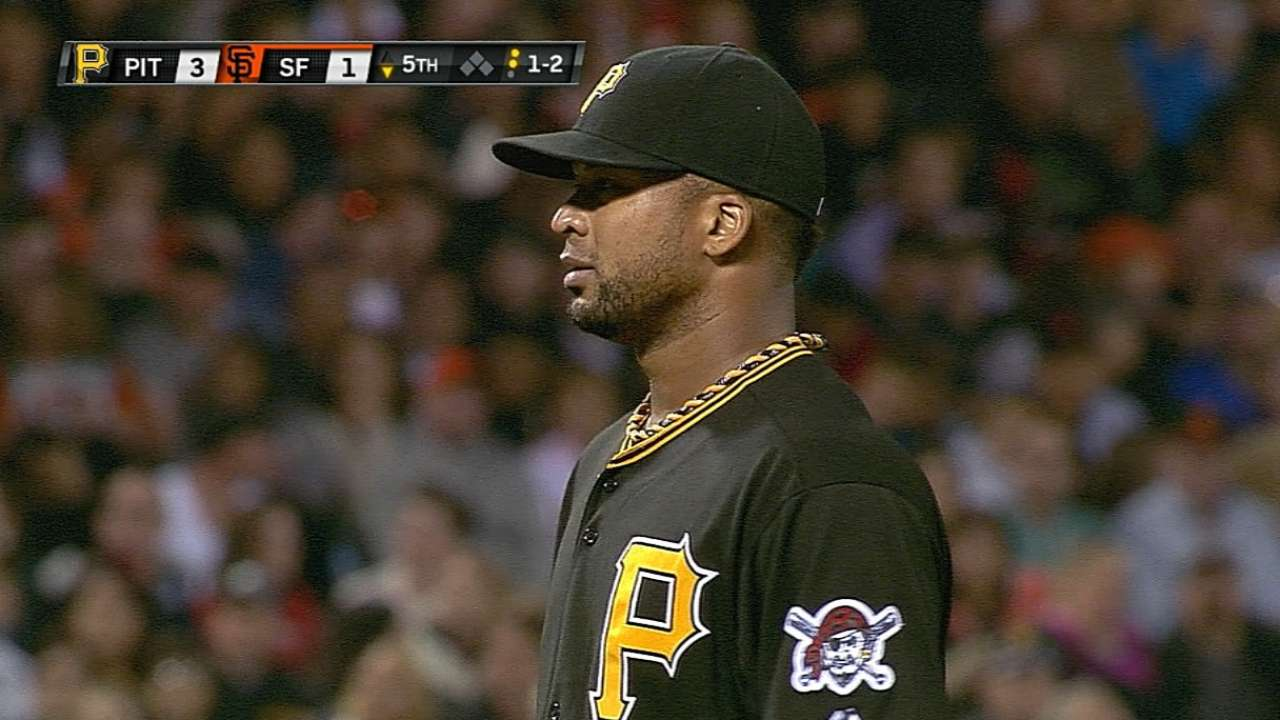 Liriano dominates Giants with 11 strikeouts for win