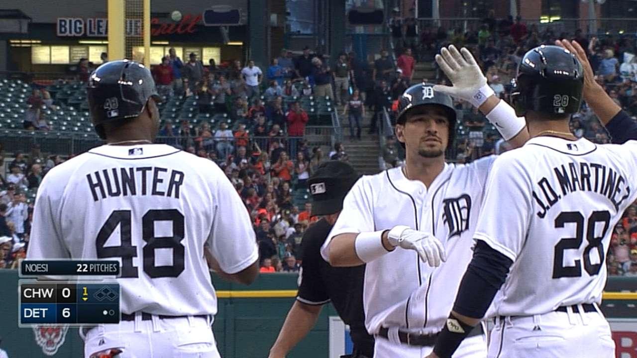 Tigers break out of slump behind Scherzer