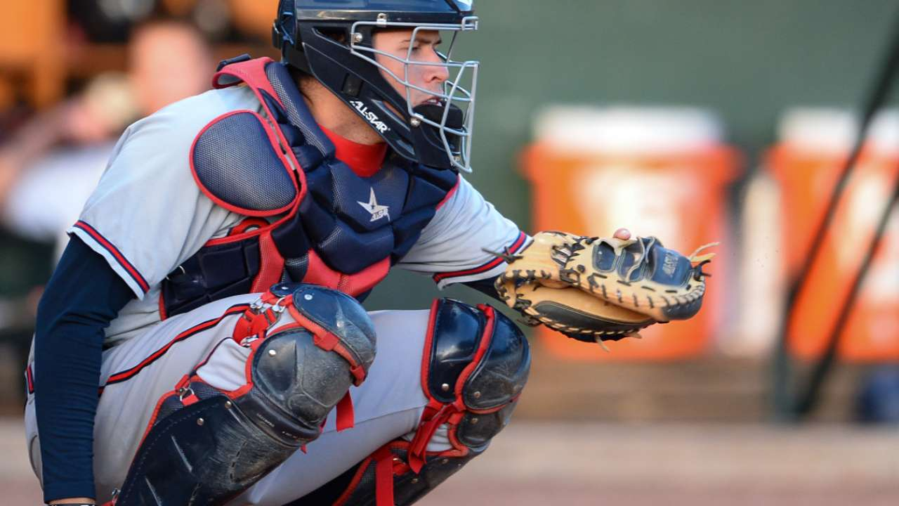 Caratini provides catching depth Cubs were seeking