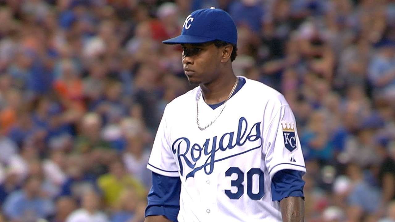 Escobar's triple boosts Ventura to victory