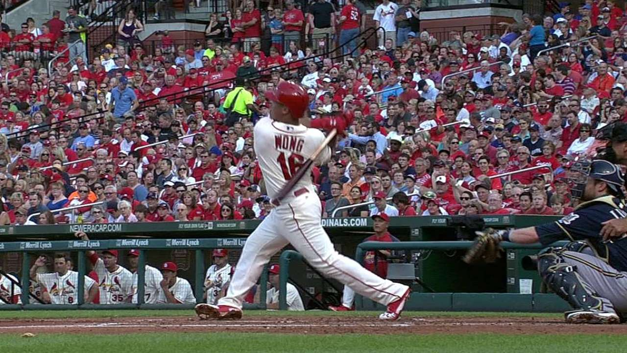 Cards' offense shines bright in Masterson's debut