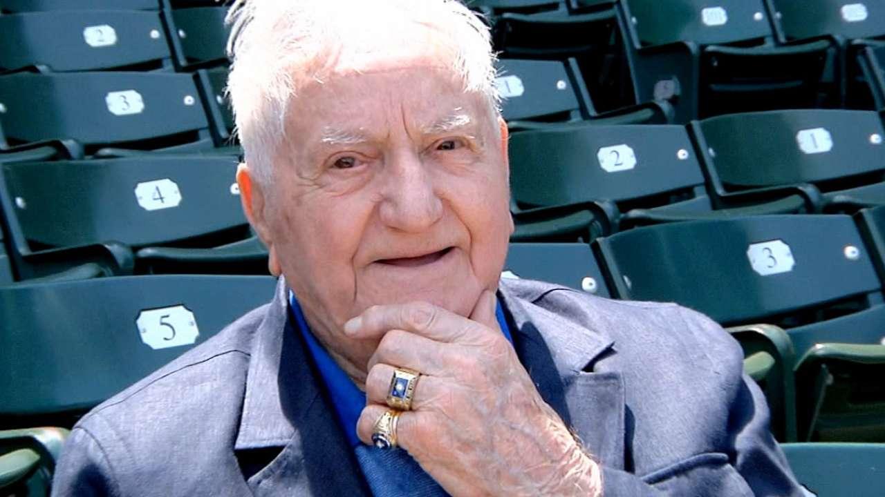Former Cubs shortstop Merullo dies at 98
