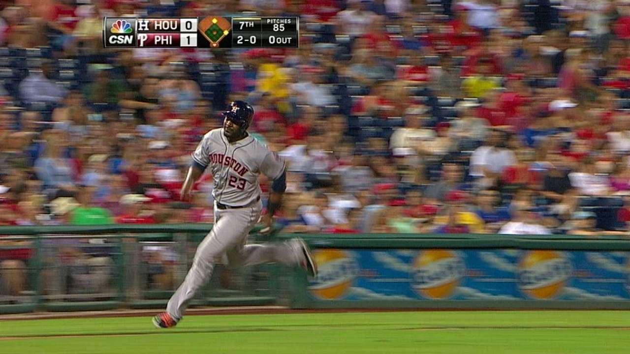 Keuchel brilla pero Astros caen con Filis en la 15ta