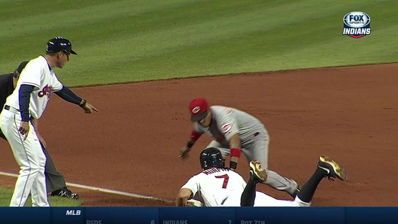 Tomlin roughed up as Indians fall to Reds