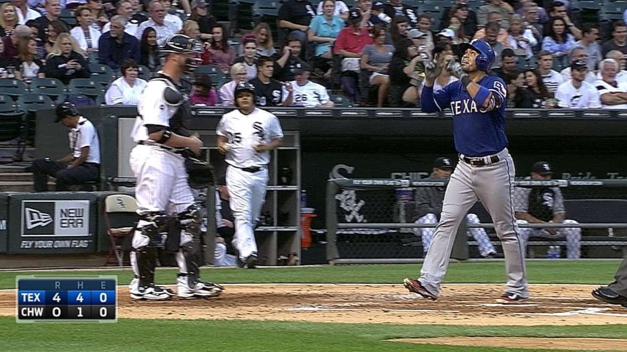 Rangers break out long ball, crush White Sox