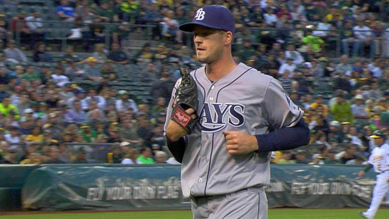 Smyly's debut derailed by miscues, cold bats