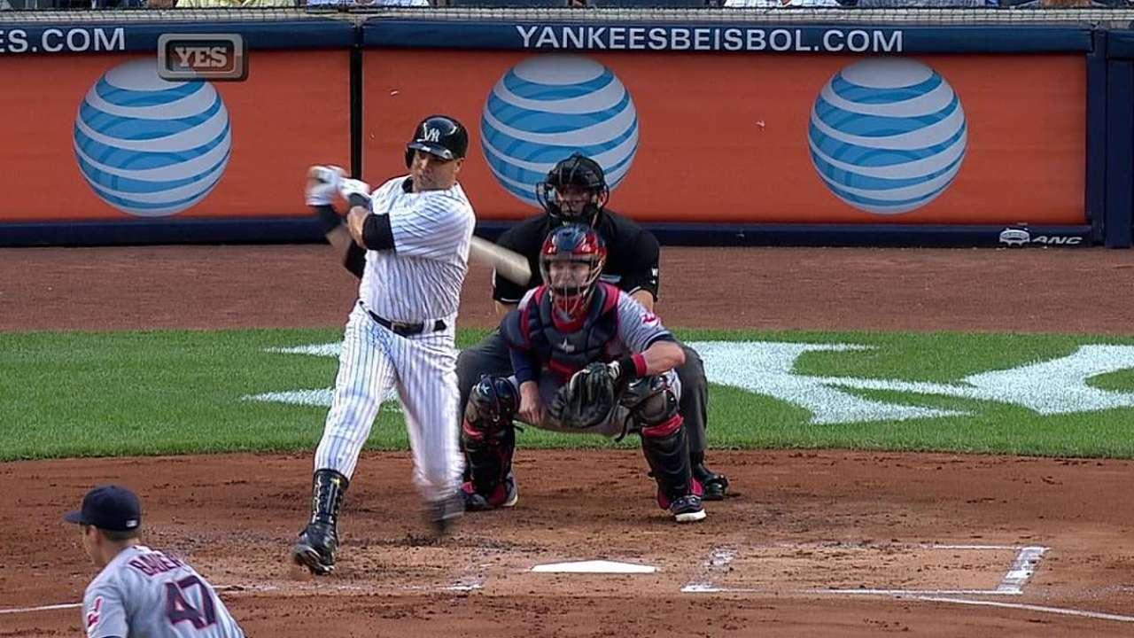Beltran tries to swing bat in prelude to return