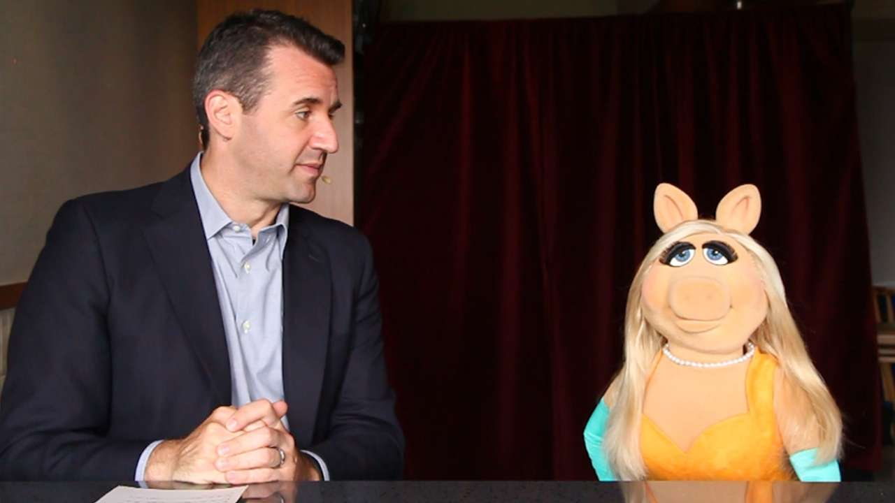 Miss Piggy visits 'Express Written Consent'