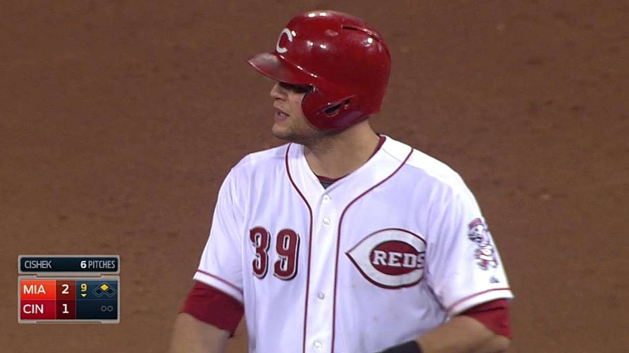 Reds can't solve Eovaldi; rally in ninth falls short