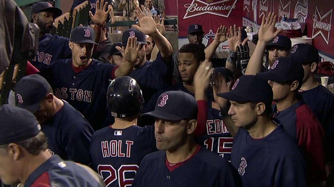 Céspedes remolca 2 y Boston le pega a Angelinos