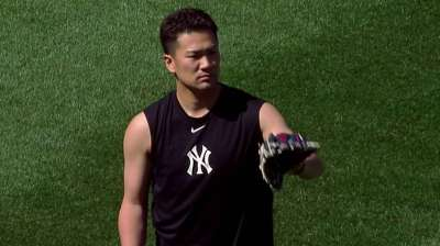 Tanaka throws off flat ground, 'feeling really good'