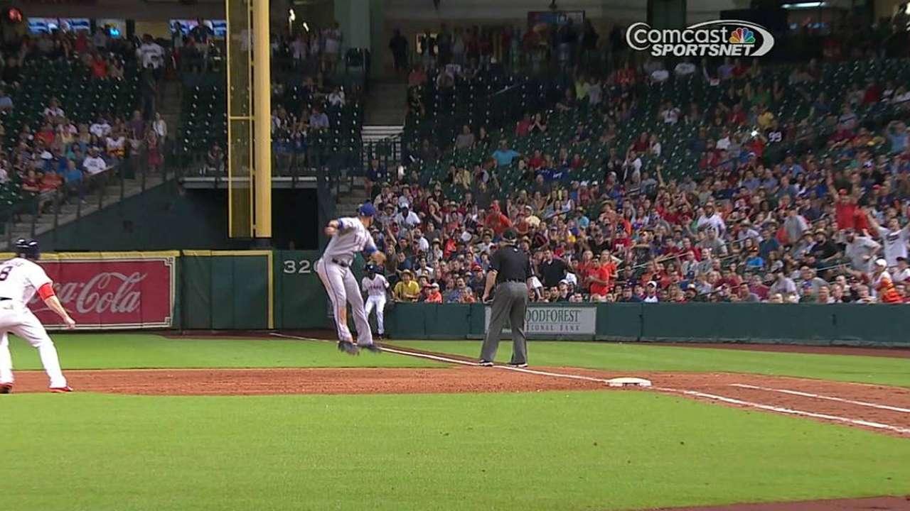 Astros le cayeron a Darvish para superar a Rangers