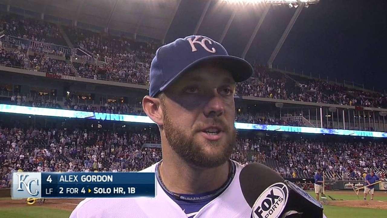Gordon honors Nebraska with homer, fight song