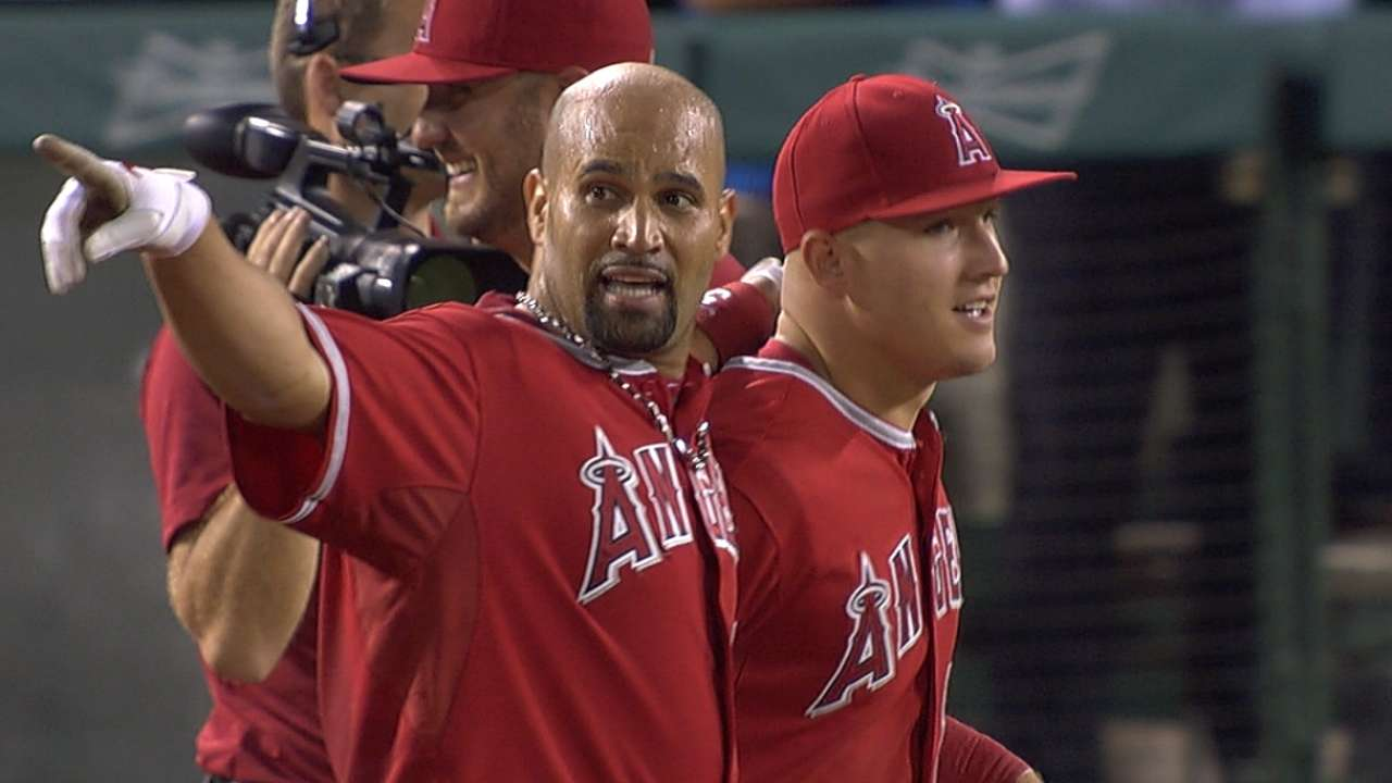 After review, Pujols' walk-off blast is confirmed