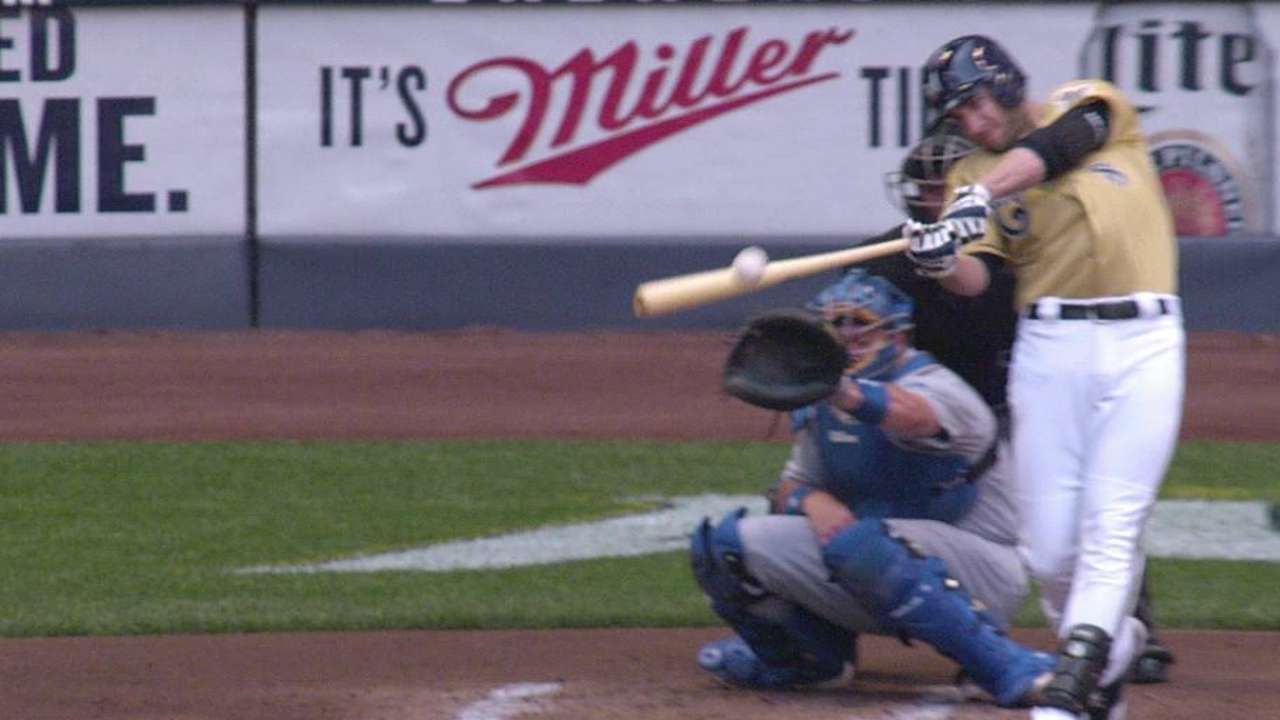 Brewers run into multiple outs in loss to Dodgers