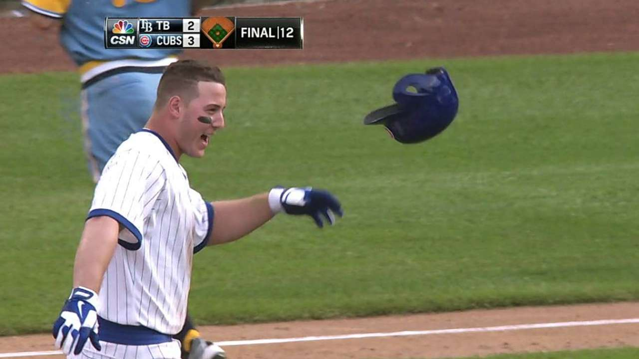 Rizzo rips walk-off single to lift Cubs in 12