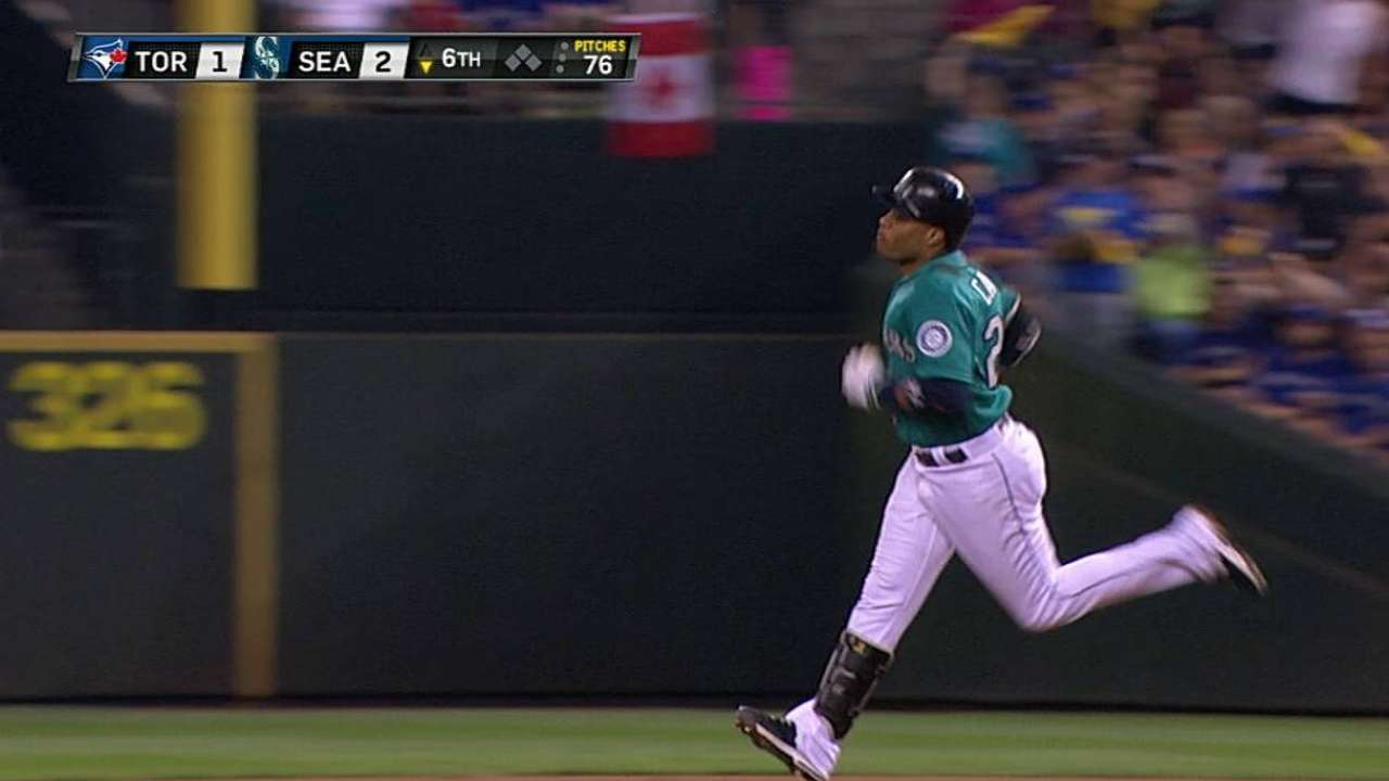 Cano electrifies Seattle's Wild Card chase
