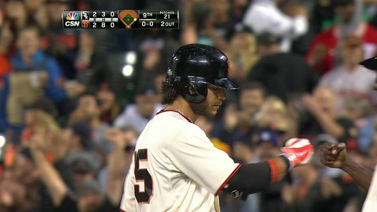 Giants rally in ninth, fall to White Sox in 10th