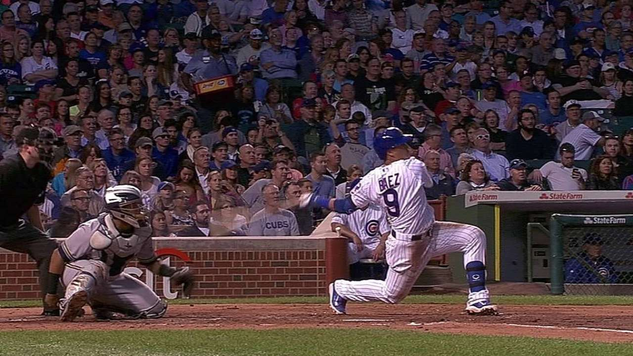 Baez's first Wrigley homer leads Cubs to win