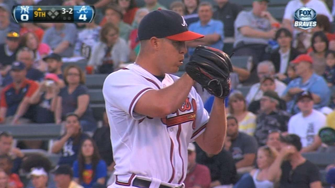 Graham offers Braves options in role on mound