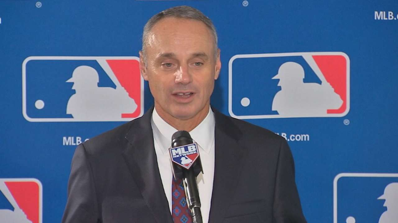Manfred groomed to lead MLB from early age
