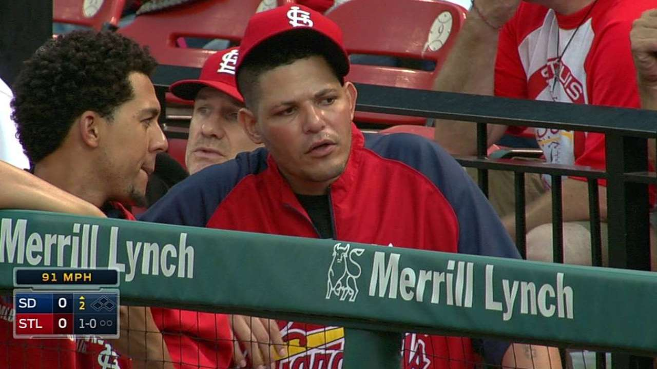 Yadi hopes to be swinging bat next week