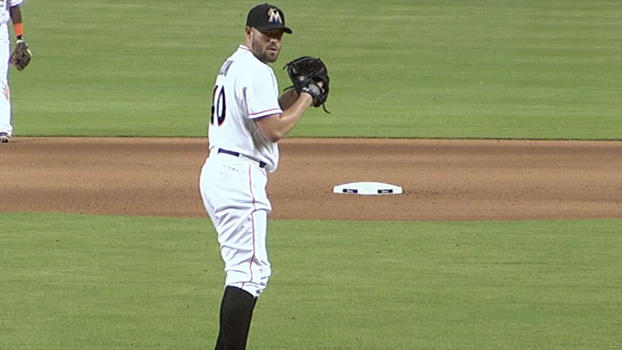 Dunn sets Marlins mark with 10th relief win