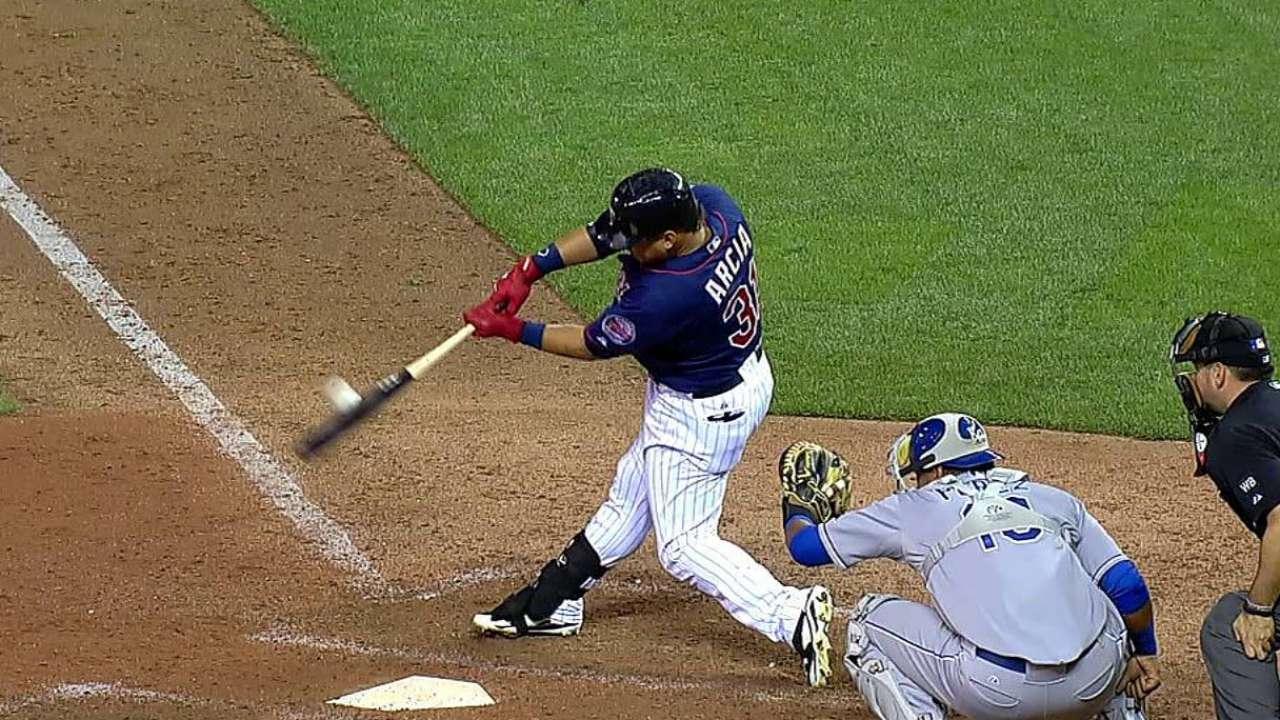 Nolasco, Twins burned by Royals' 5-run frame