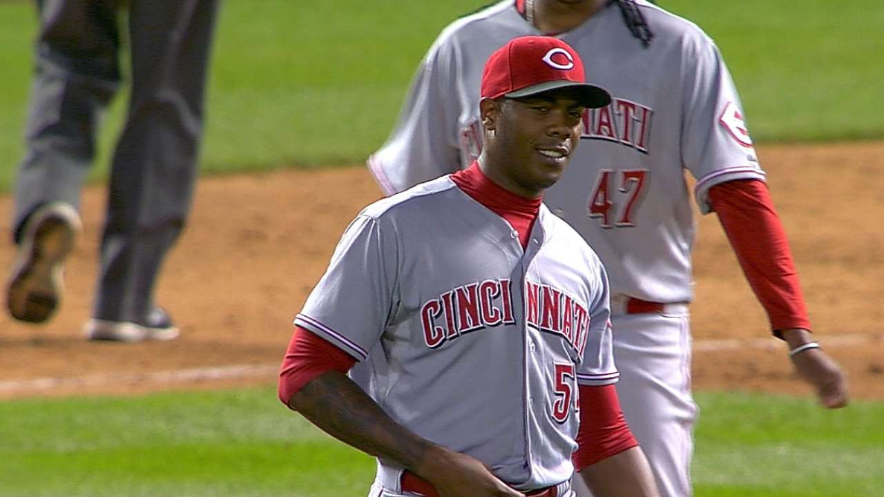 Chapman's ailing shoulder shows improvement
