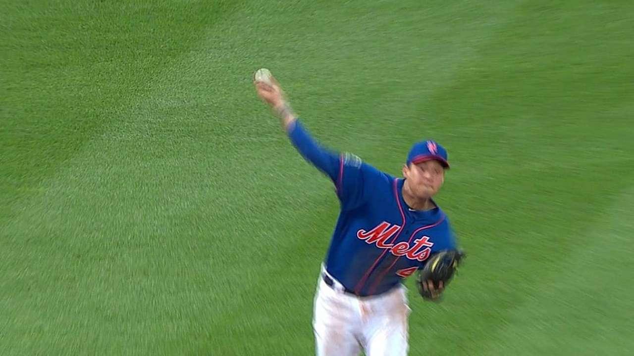Flores brilla y lidera victoria de Mets ante Cachorros