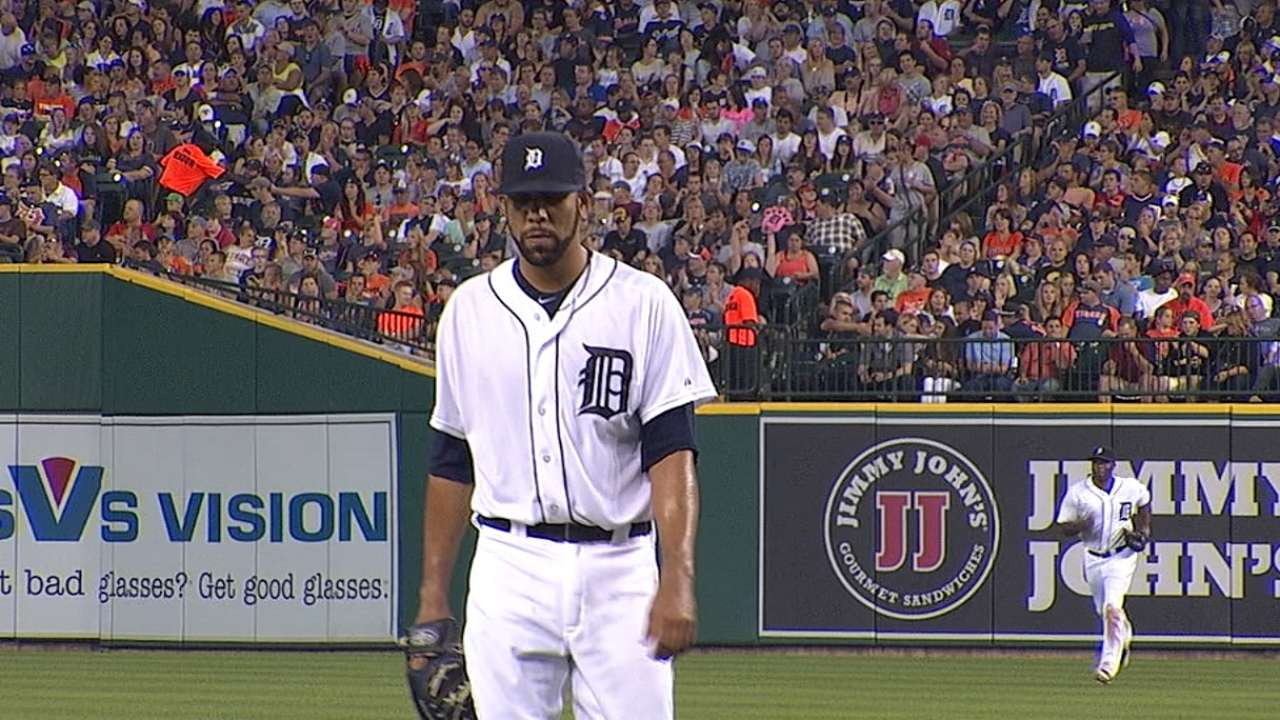 Price puts Tigers back into playoff spot