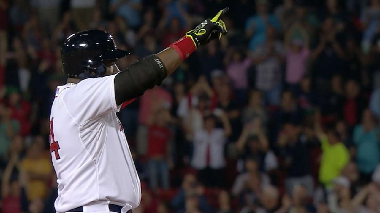 Sox storm past Astros on Papi's historic night