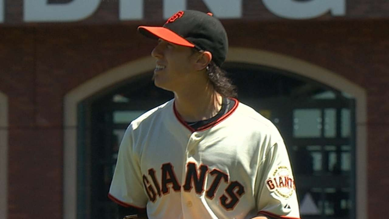 Peavy impressed with Lincecum's accomplishments