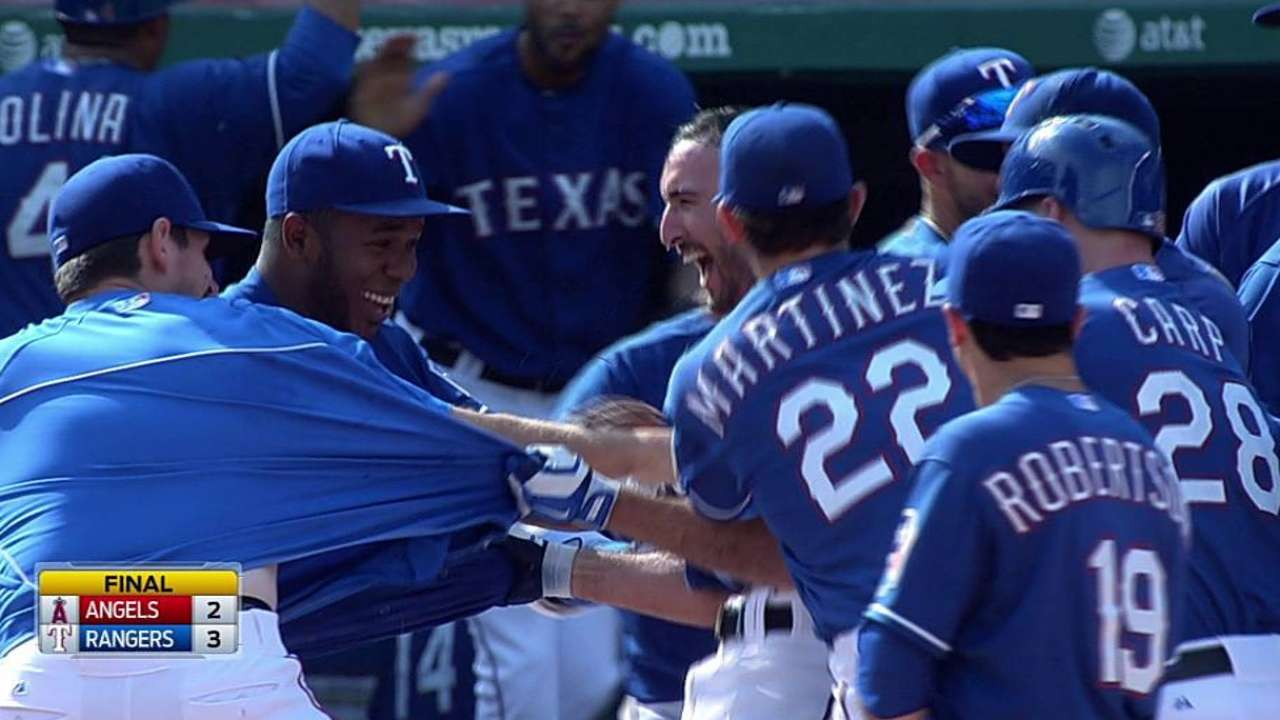 Rangers stun Angels with ninth-inning rally