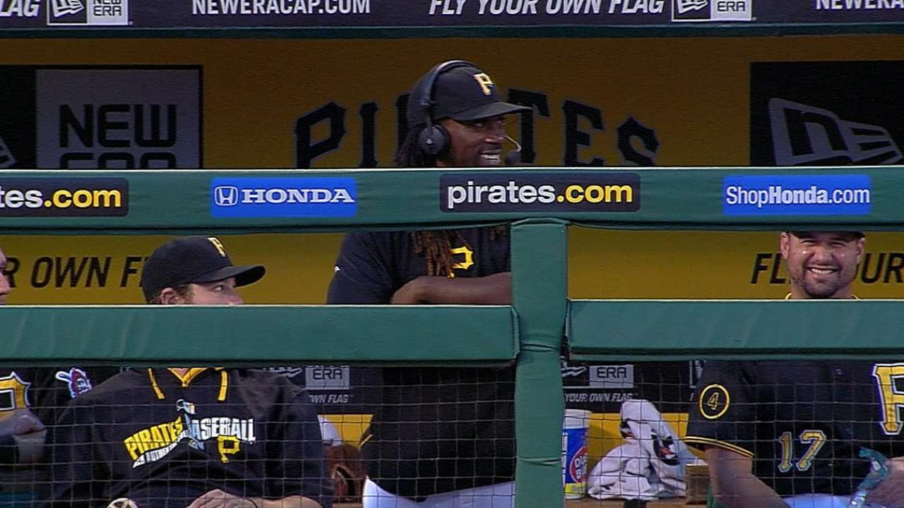 McCutchen takes swings, on verge of return