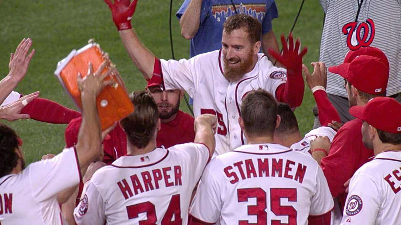 Three straight walk-offs a first for Nationals